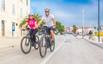 8 conseils essentiels pour voyager en vélo électrique